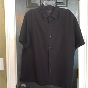 Access men's black shirt sleeve Xl